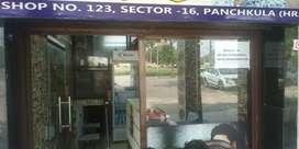 shop For rent ideal for restaurants