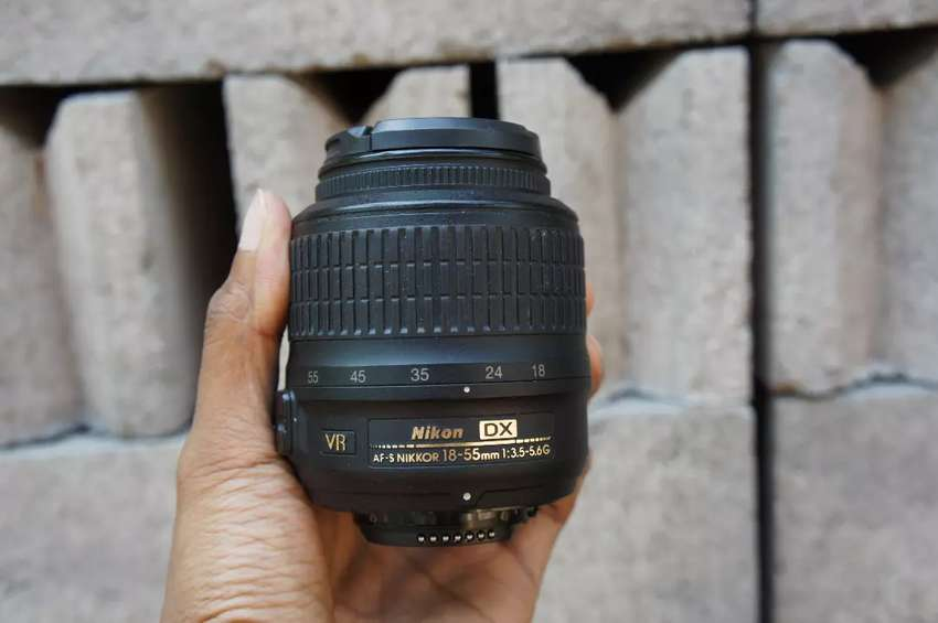 Lensa kit Nikon 18-55mm VR 0