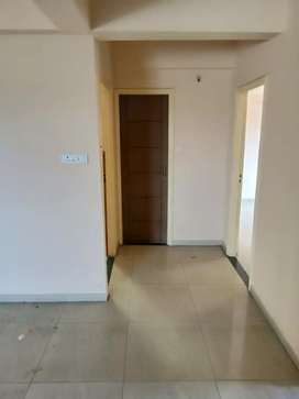 2 bhk independent nonrestricted flat on 12000 but on 2 adv one running