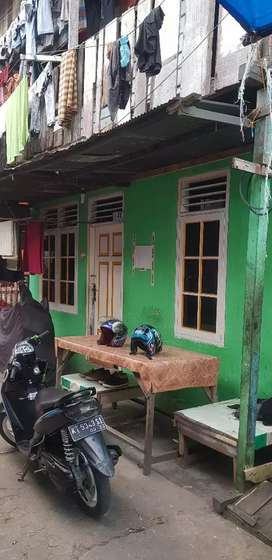 Rumah DIjual di dahor karang anyar
