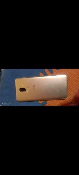 Samsung Galaxy j8 4/64