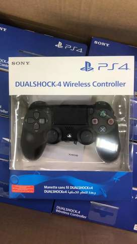 ps4 and ps3 controllers