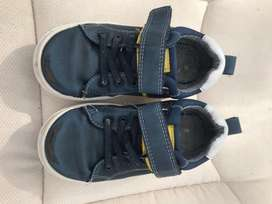 Outfitters casual boys shoes