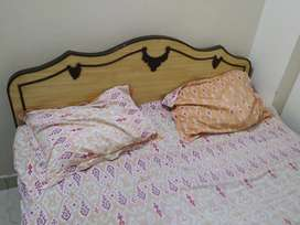 Dabal bed size 5'&7'