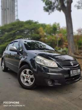 Sx4  at 2010 black top condition termurah