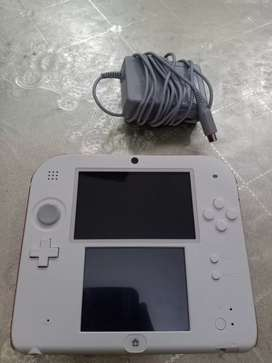 Its in new condition everything is available in it  it also have a pin