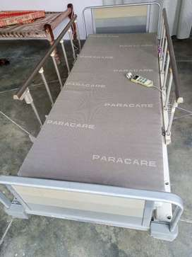 Electric patient bed