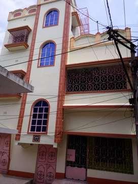 3 bhk semi furnished with balcony