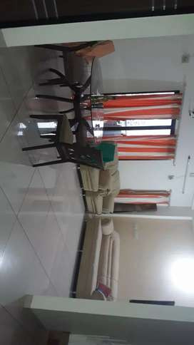 One room fully furnished for rent Alkapuri