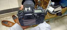 Nikon d7000 with 18 105mm lance complete acces