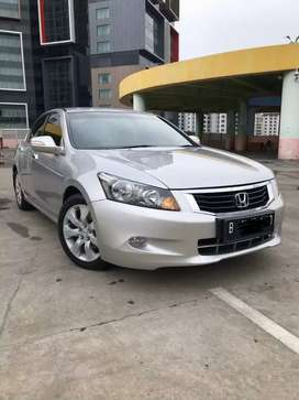Honda Accord 2.4 VTIL Th 2010 Silver Kondisi Tinggal Pakai Saja!!