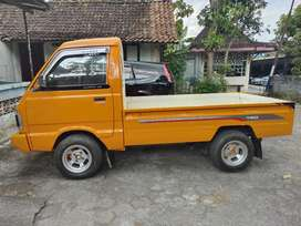 Dijual Suzuki carry pick up 1,0 thn 2004 pjk kir  baru