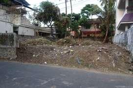 7.5 cent original land  4 sale at chembumukku near Mary  Matha school