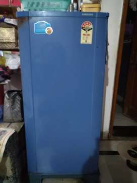Samsung 4 star RA -18 Refrigerator / Fridge