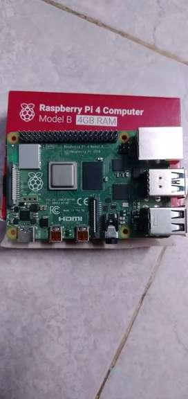 Raspberry Pi 4B , 4 GB ram