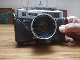 Yashica Electro 35 Antique Camera