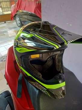 Helm CARGLOSS (XL)