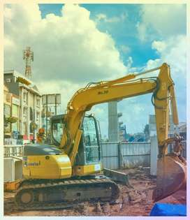 Excavator - Penyewaan Ekskavator/Bulldozer Pulang Pisau:  Operator Pen