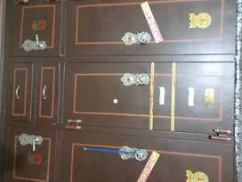 Metal cupboard for sale in good condition
