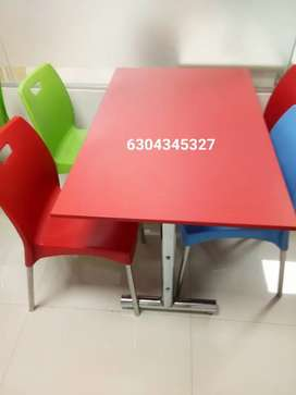 Model Restaurant Furniture
