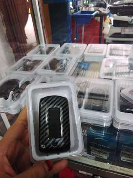 Gantungah kunci carbon xpander / pajero 2016 - 2020