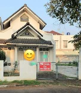 Rumah dijual di Anggrek Loka