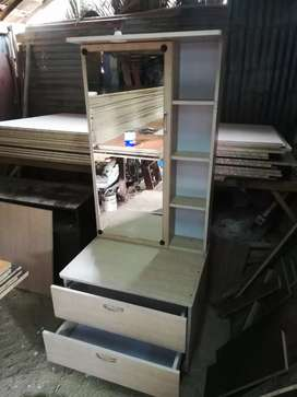 Dressing table manufacturers
