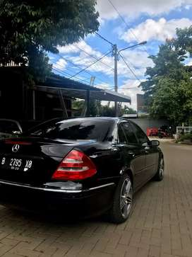 MercedesBenz E280 elegance istimewa