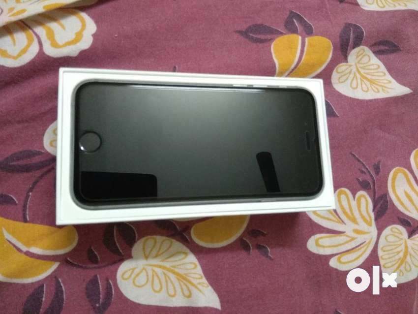 6s 32gb space grey 10months old 0