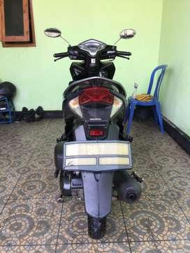 Dijual Honda Vario th 2013 warna Biru hitam 125cc