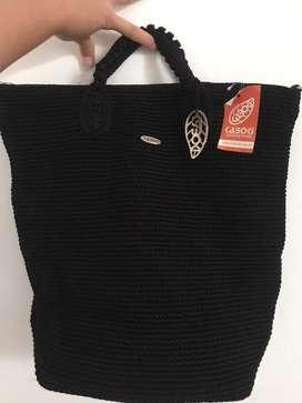 Tas kaboki warna hitam