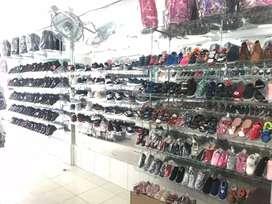Dibutuhkan karyawan wanita penjaga toko