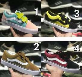 Jual sepatu anak&dewasa barang premium Made in thailand