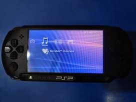 Sony PSP (FREE 8 Games)