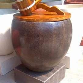 Gentong Air Antik Varian Hitam Alami Tipe Bakul