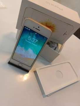APPLE IPHONE SE 32GB AVAILABLE BRAND NEW CONDITION