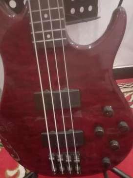 Gitar bass aktif