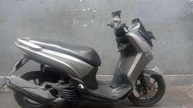 Sepeda motor yamaha lexy