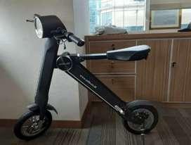 Sepeda listrik lipat K selis.like new