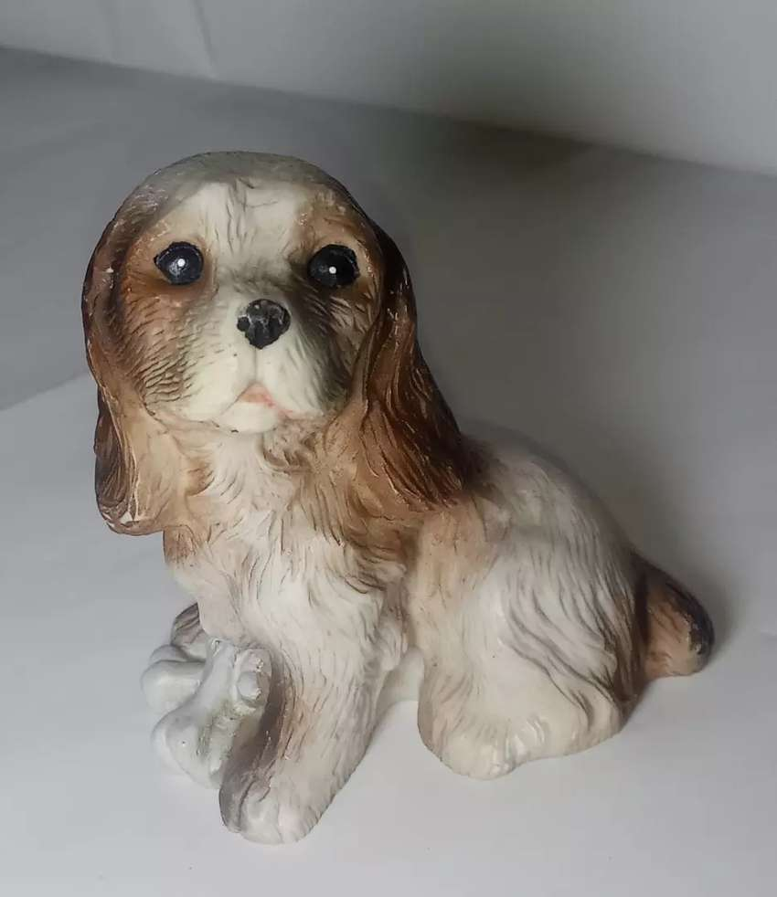 Showpiece of puppy statue for sale 0