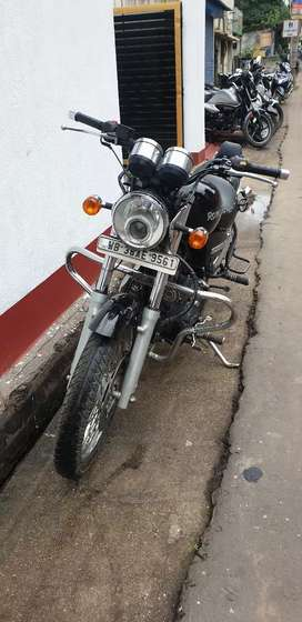 Royal Enfield Thunderbird in sale.