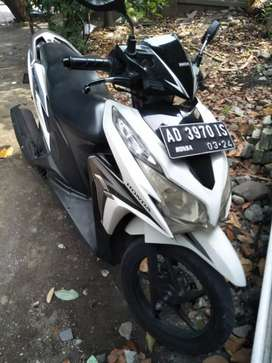Honda Vario CBS 125cc, 2013, AD Solo, Pajak/Surat Komplit, Istimewa