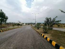 1 Kanal Good Location Plot Available for Sale in Regi Model town P