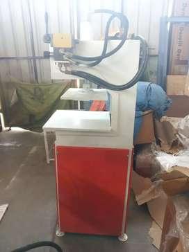 स्लीपर मेकिंग मशीन 10 टन पावर हाइड्रोलिक
