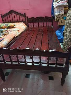 Cot made of wood