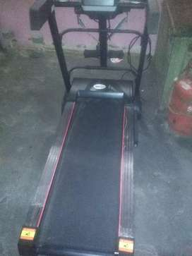 Treadmill new canditoin 6 manth old
