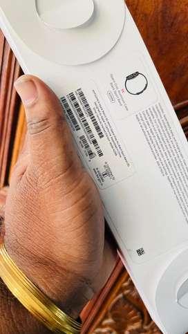apple watch SE 44 mm wifi + cellilar indian purchase