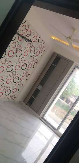 3 bhk flat at mansarovar extension