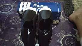 Sepatu DR.Kevin