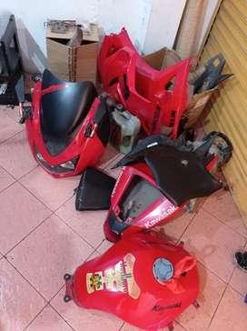 Full body Moge Kawasaki Ninja 250 Karbu Merah lengkap tinggal pasang
